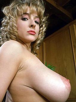 hotties big tit mummy hot pics
