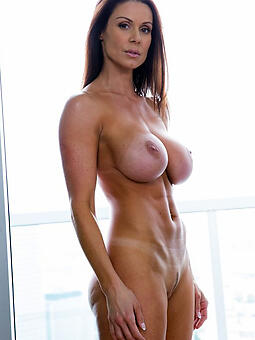 porn pictures be fitting of hot matured mom