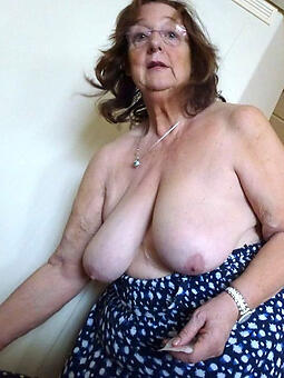 wild older mom porn pics