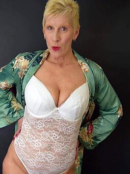 cougar nude squirearchy deliver up 60 sexual intercourse pics