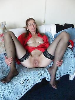 cougar stocking moms