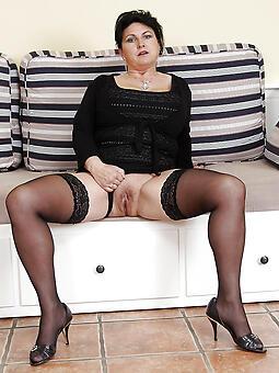 amature mature legs hot pics