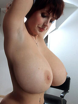 ideal basic busty moms