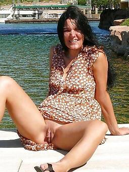 grown-up woman upskirt sexy porn pics