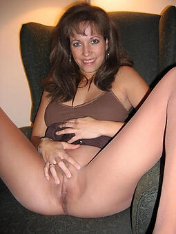 juggs hot moms with reference to pantyhose