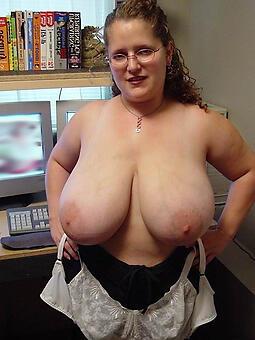 hotties busty mature ladies pics