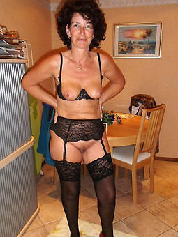 cougar ladies all round small breast pics