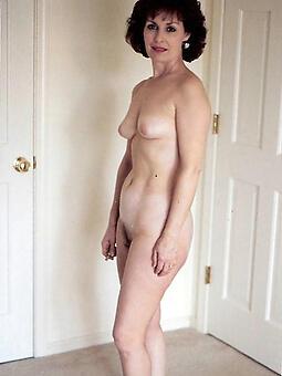 hotties moms around small tits pics