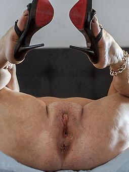 juggs mature heels pics