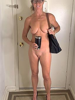 skinny mummy Bohemian porn pics