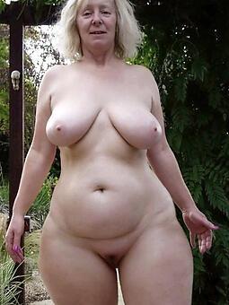 pretty sexy curvy ladies pics