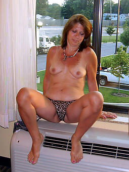 cougar mature tie the knot empty