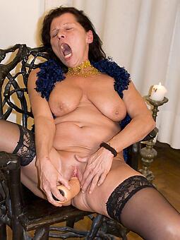 mom masturbation Bohemian naked pics