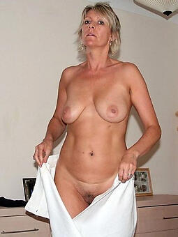 downcast real housewife free unconcealed pics