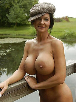 big tits lady free picture