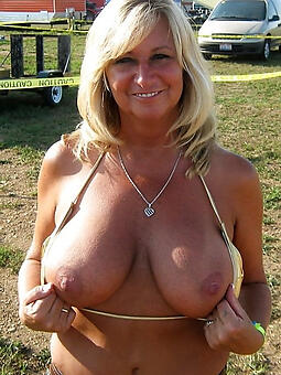 porn pictures of hot mom big tit