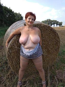 nude older mom stripping