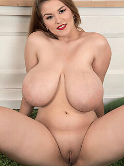 nude moms over 30 porn tumblr