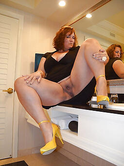 cougar old lady heels pics