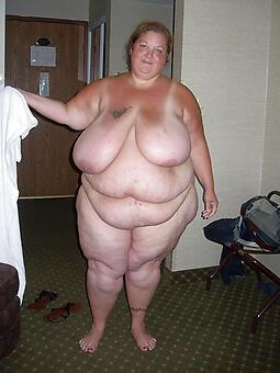 whore bare-ass bbw moms