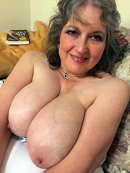 big tit moms easy porn pics