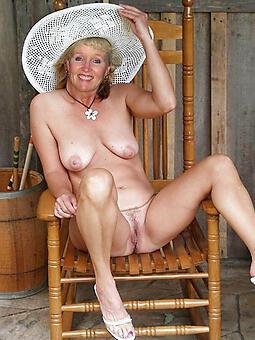 hotties classy moms nude markswoman