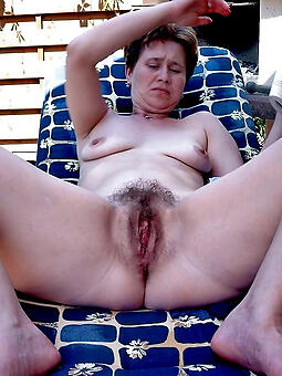 porn pictures of moms with hairy pussy