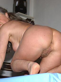mature mom granny unconforming naked pics