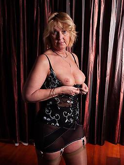 naked elder statesman moms unconforming naked pics