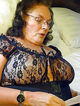 hotties doyen mama porn photo