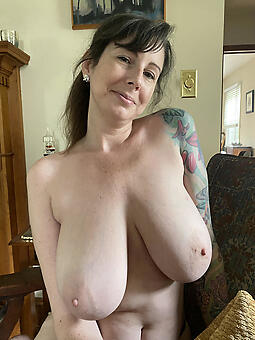 porn pictures of sexy moms naked