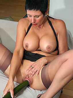 mom masturbation porn pictures