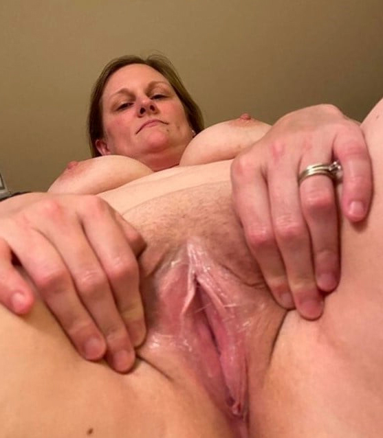perfect landed gentry pussies like a flash